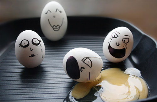 egg15 30 Funny and Clever Emotions Egg Photography by Artist