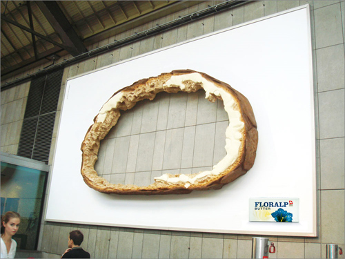 billboard14 35 Clever and Creative Billboard Advertising