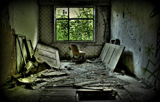 14 hdr torn room 40+ Fantastic HDR Photographs of 2010