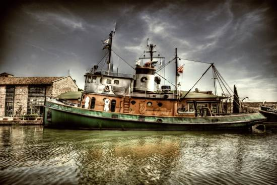 3 hdr ship 40+ Fantastic HDR Photographs of 2010