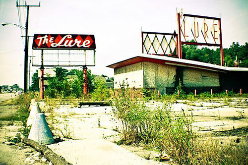 lohman The Beauty of Urban Decay Photos