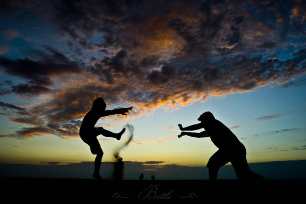 Battle by themonsterlovedbyGod Truly Amazing Examples of Silhouette Photography