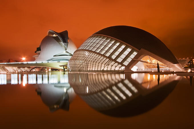 Opera House Valencia Spain 30 Smashing Examples of Architectural Photography
