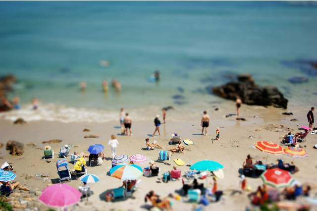 tilt shift 15 35 Awesome Examples of Tilt Shift Photography