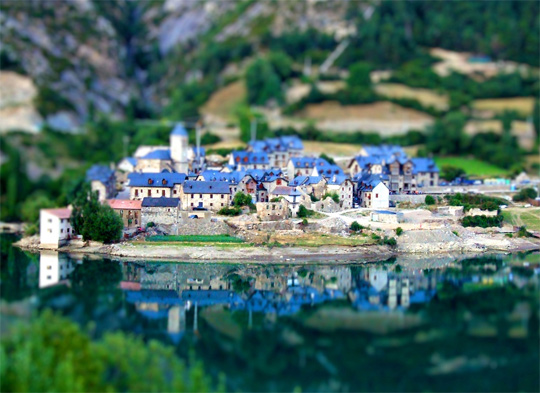 tilt shift 23 35 Awesome Examples of Tilt Shift Photography
